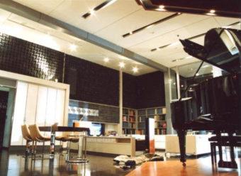 録音スタジオでの使用例
